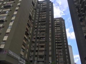 Apartamento En Ventaen Caracas, El Paraiso, Venezuela, VE RAH: 19-82