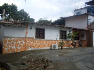 Casa En Ventaen Barquisimeto, Parroquia Santa Rosa, Venezuela, VE RAH: 19-96