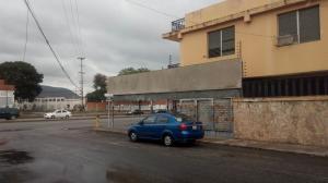 Apartamento En Ventaen Barquisimeto, Avenida Libertador, Venezuela, VE RAH: 19-136