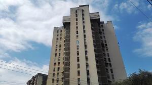 Apartamento En Ventaen Maracay, Urbanizacion El Centro, Venezuela, VE RAH: 19-158