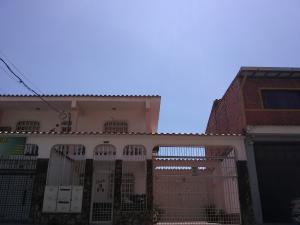 Casa En Ventaen Barquisimeto, Parroquia Concepcion, Venezuela, VE RAH: 19-175