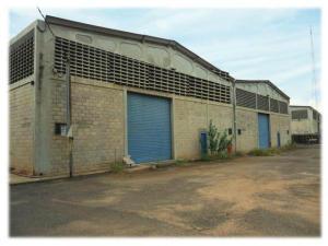 Galpon - Deposito En Ventaen Maracaibo, Zona Industrial Sur, Venezuela, VE RAH: 19-215