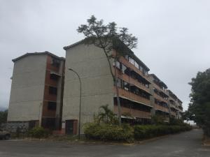 Apartamento En Ventaen Guarenas, Ciudad Casarapa, Venezuela, VE RAH: 19-487