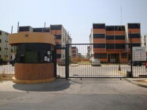 Apartamento En Ventaen Municipio Los Guayos, Buenaventura, Venezuela, VE RAH: 19-261