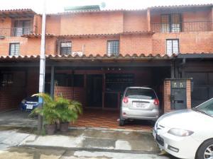 Townhouse En Ventaen Guatire, El Ingenio, Venezuela, VE RAH: 19-272