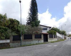 Casa En Ventaen Caracas, El Marques, Venezuela, VE RAH: 19-308