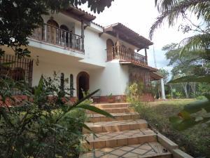 Casa En Ventaen Barquisimeto, Santa Elena, Venezuela, VE RAH: 19-321