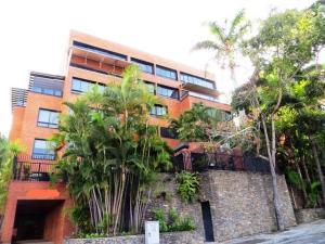 Apartamento En Alquileren Caracas, Valle Arriba, Venezuela, VE RAH: 19-324
