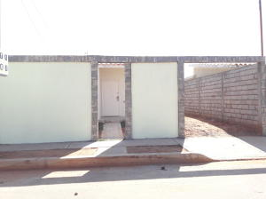 Casa En Ventaen Municipio San Francisco, Los Samanes, Venezuela, VE RAH: 19-382