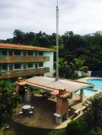 Apartamento En Ventaen Higuerote, Higuerote, Venezuela, VE RAH: 19-483