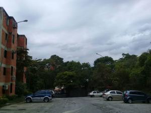 Apartamento En Ventaen Valencia, Las Chimeneas, Venezuela, VE RAH: 19-516