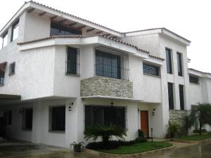 Townhouse En Ventaen Maracay, Barrio Sucre, Venezuela, VE RAH: 19-521
