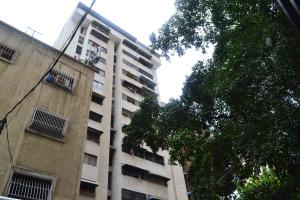 Apartamento En Ventaen Caracas, Parroquia Santa Teresa, Venezuela, VE RAH: 19-529
