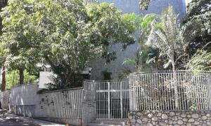 Apartamento En Ventaen Caracas, San Roman, Venezuela, VE RAH: 19-582