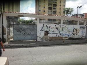 Terreno En Ventaen Caracas, Los Dos Caminos, Venezuela, VE RAH: 19-597