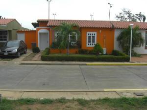 Casa En Ventaen Ciudad Ojeda, Barrio Libertad, Venezuela, VE RAH: 19-631