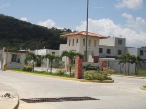 Casa En Ventaen Barquisimeto, Terrazas De La Ensenada, Venezuela, VE RAH: 19-633
