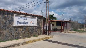 Casa En Ventaen Cabudare, Parroquia José Gregorio, Venezuela, VE RAH: 19-634