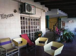 Casa En Ventaen Barquisimeto, Parroquia Catedral, Venezuela, VE RAH: 19-639