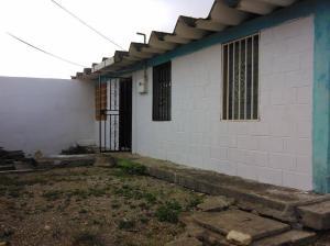 Casa En Ventaen Barquisimeto, Parroquia Tamaca, Venezuela, VE RAH: 19-655