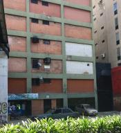 Local Comercial En Ventaen Caracas, Plaza Venezuela, Venezuela, VE RAH: 19-756