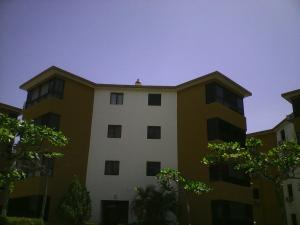 Apartamento En Ventaen Higuerote, Agua Sal, Venezuela, VE RAH: 19-33