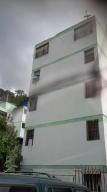 Apartamento En Ventaen Los Teques, Los Teques, Venezuela, VE RAH: 19-855