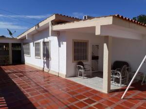 Casa En Ventaen Maracaibo, Cumbres De Maracaibo, Venezuela, VE RAH: 19-864