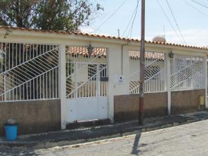 Casa En Ventaen Cabudare, Parroquia José Gregorio, Venezuela, VE RAH: 19-900