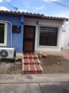 Casa En Ventaen Cabudare, Parroquia José Gregorio, Venezuela, VE RAH: 19-917