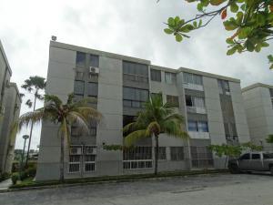 Apartamento En Ventaen Higuerote, Agua Sal, Venezuela, VE RAH: 19-960