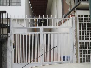 Casa En Ventaen Caracas, La California Sur, Venezuela, VE RAH: 19-973