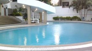 Apartamento En Ventaen Parroquia Caraballeda, Caribe, Venezuela, VE RAH: 19-992