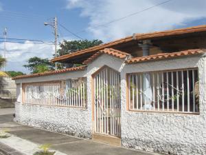 Casa En Ventaen Acarigua, Fundacion Mendoza, Venezuela, VE RAH: 19-1008