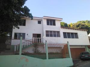 Casa En Ventaen Barquisimeto, Colinas De Santa Rosa, Venezuela, VE RAH: 19-1018