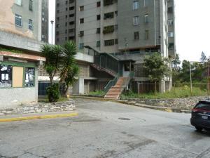 Apartamento En Ventaen San Antonio De Los Altos, Pomarosa, Venezuela, VE RAH: 19-1109
