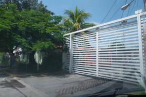 Casa En Ventaen Cagua, Ciudad Jardin, Venezuela, VE RAH: 19-1087