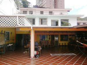 Casa En Ventaen Caracas, Colinas De Santa Monica, Venezuela, VE RAH: 19-1089