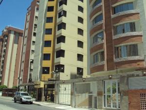 Apartamento En Ventaen Maracay, San Isidro, Venezuela, VE RAH: 19-1092