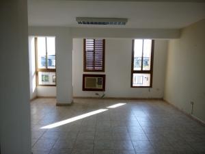 Oficina En Alquileren Maracaibo, Avenida Bella Vista, Venezuela, VE RAH: 19-1502