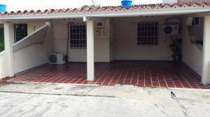 Casa En Ventaen Cabudare, Parroquia José Gregorio, Venezuela, VE RAH: 19-1124