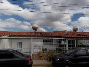 Casa En Ventaen Cabudare, Parroquia José Gregorio, Venezuela, VE RAH: 19-1128