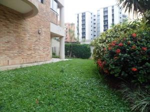 Apartamento En Ventaen Valencia, Los Mangos, Venezuela, VE RAH: 19-1143