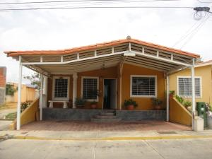 Casa En Ventaen Barquisimeto, Parroquia El Cuji, Venezuela, VE RAH: 19-1174