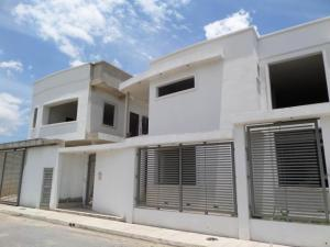 Casa En Ventaen Maracay, Villas Ingenio I, Venezuela, VE RAH: 19-1227
