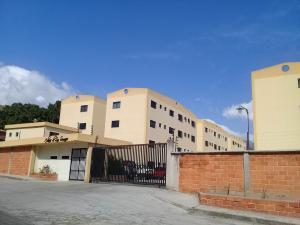 Apartamento En Ventaen Municipio Naguanagua, Barbula, Venezuela, VE RAH: 19-1285