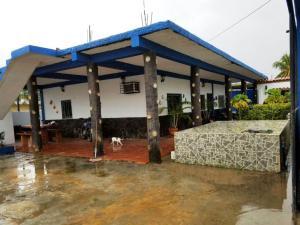 Casa En Ventaen Chichiriviche, Playa Norte, Venezuela, VE RAH: 19-1286