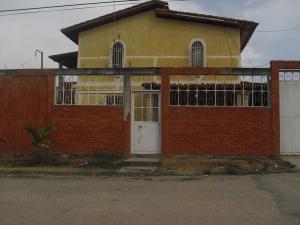 Casa En Ventaen Santa Teresa, Las Carolinas, Venezuela, VE RAH: 19-1340