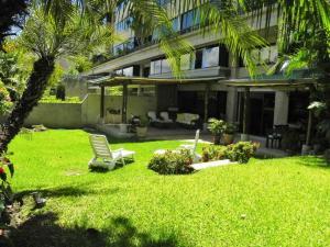 Apartamento En Ventaen Caracas, Colinas De Valle Arriba, Venezuela, VE RAH: 19-1361