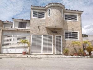 Townhouse En Ventaen Charallave, Los Samanes, Venezuela, VE RAH: 19-1364